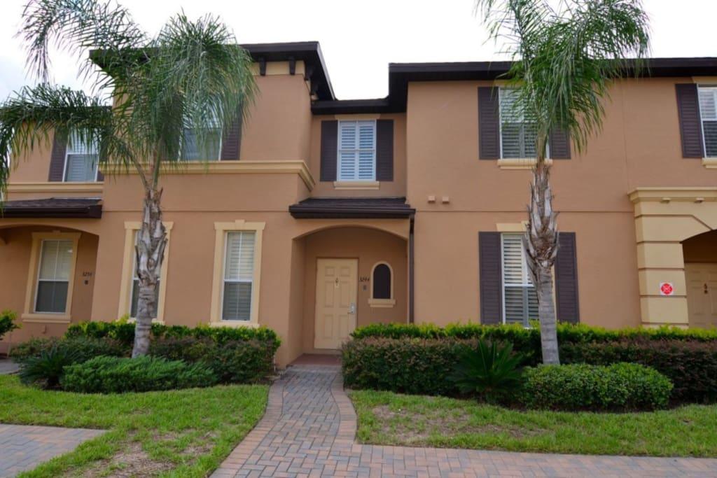 Sweet Home Vacation Disney Rentals Vacation Homes Florida Orlando Regal Palms Resort & Spa