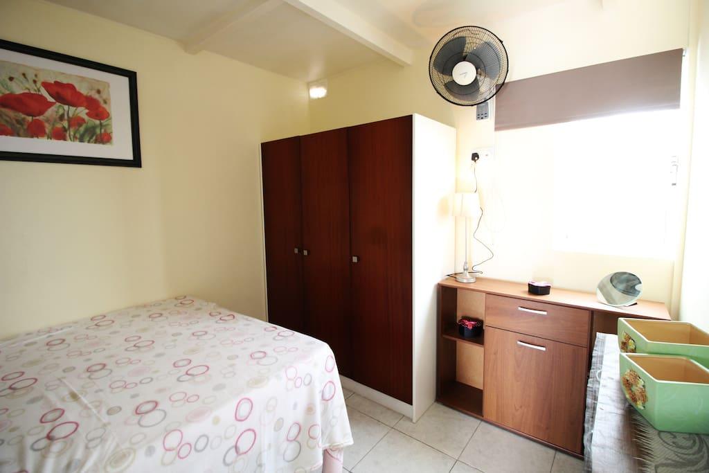 Double bedroom/wardrobe/storage