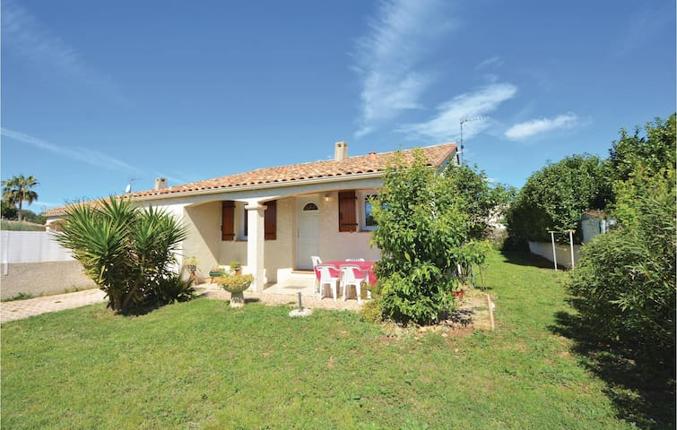 Semi-Detached with 3 bedrooms on 90m² in Pignan