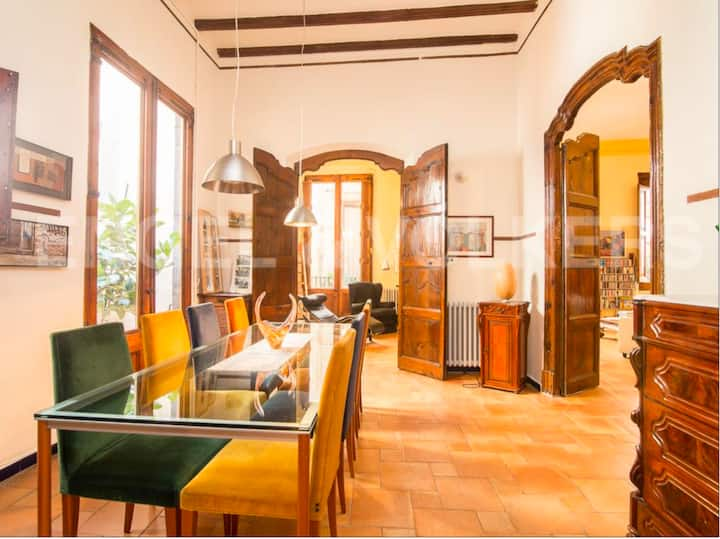17th Century Palace in the heart of Barcelona