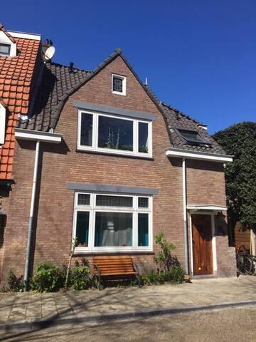 Tijdelijk in Utrecht Oost!