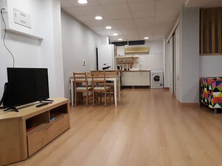 Apartamento tipo Loft, luminoso, cerca de la playa