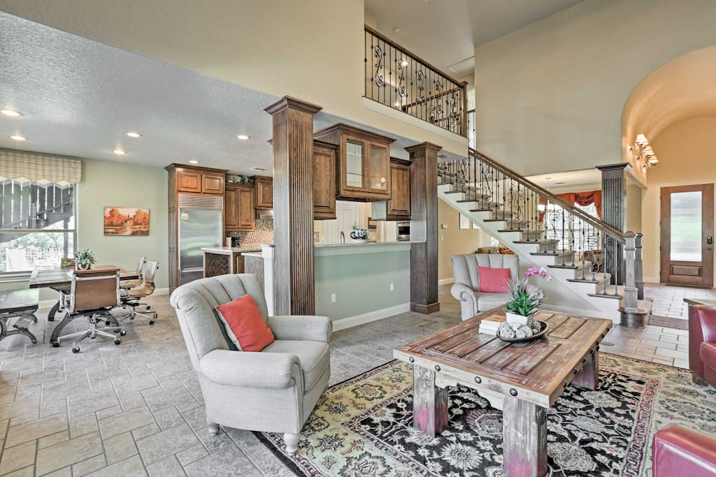Relish the open-concept layout and vaulted ceilings.