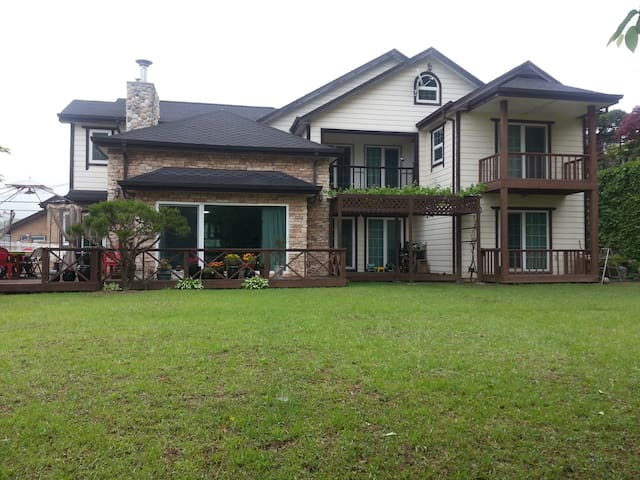 Pine Hill House(2) 파인힐 하우스(2) - Gwangju-si - Huis