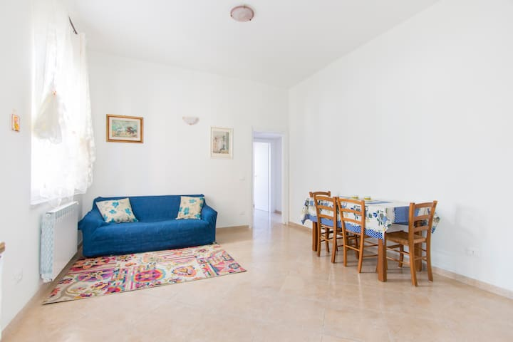 B&B Elena, near the train station - Vezzano Ligure - House