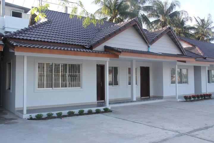 2-Bedroom Bungalow Newly built - Sihanouk Ville City - Bungalow