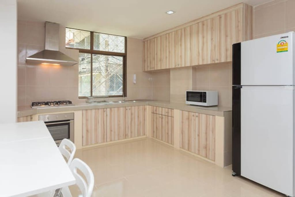 Huge kitchen with all equipment for whole of your family enjoy cooking together