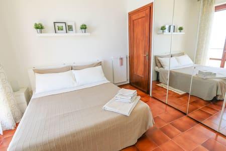Moderno y tranquilo apartamento con vistas al mar