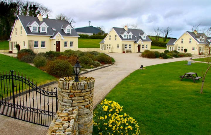 Five Classic Cottages Near the Sea.