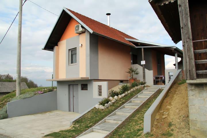 Kuća za odmor Mare - Gradiščak - Alojamiento vacacional