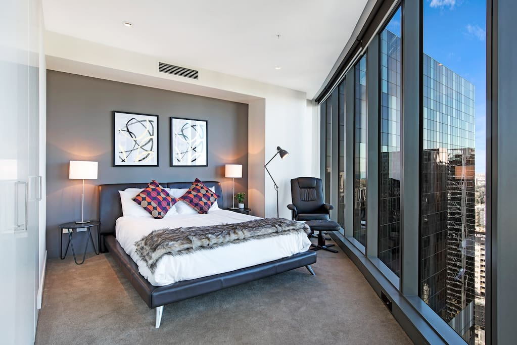 The second suite enjoys a large plan, and built in robe. The comfy recliner is the perfect way to unwind, whilst taking in the breathtaking water views of Port Phillip bay.