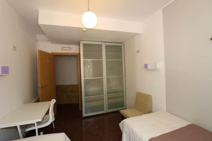 Habitación individual, n°4 baño privado, Barcelona