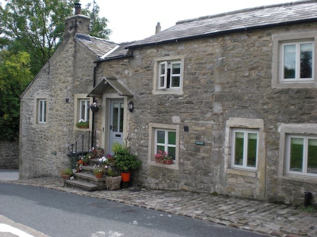 Belle Hill Cottage, Giggleswick