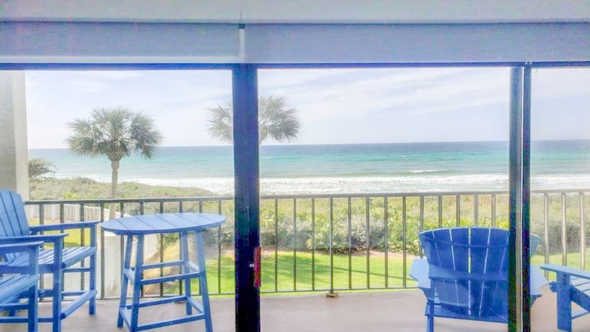 Shore to Please - Ocean front sleeps 4-to 6 at the Palms of Seagrove.