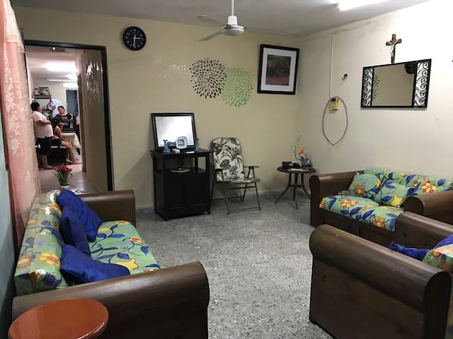 Casa Frida Telchac Equipada A/A Alberca Grande - Telchac Puerto - Casa