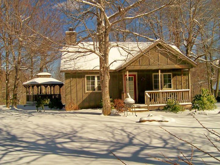 Cabin #5, Royal Oaks Retreat