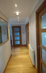 Centrally based, perfect to explore Scotland - Cumbernauld - Appartement