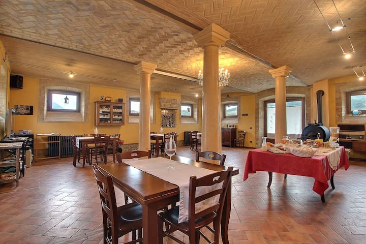 Antico Casale in Val Ceno Parma - Varano de' Melegari - Hus