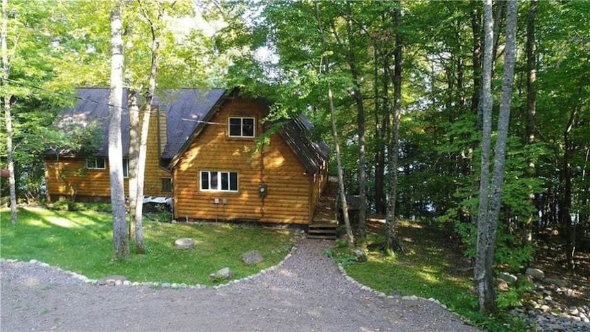 Connors Lake Cabin