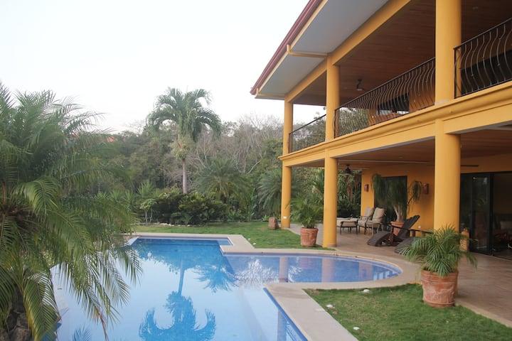 Villa Costa Del Mar: Dolphin Room