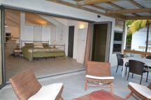 21LG Le Morne View Veranda looking in