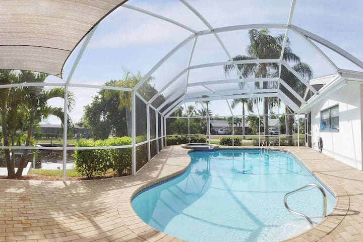 Villa Luca in Cape Coral mit Meerzugang - Cape Coral - Appartement