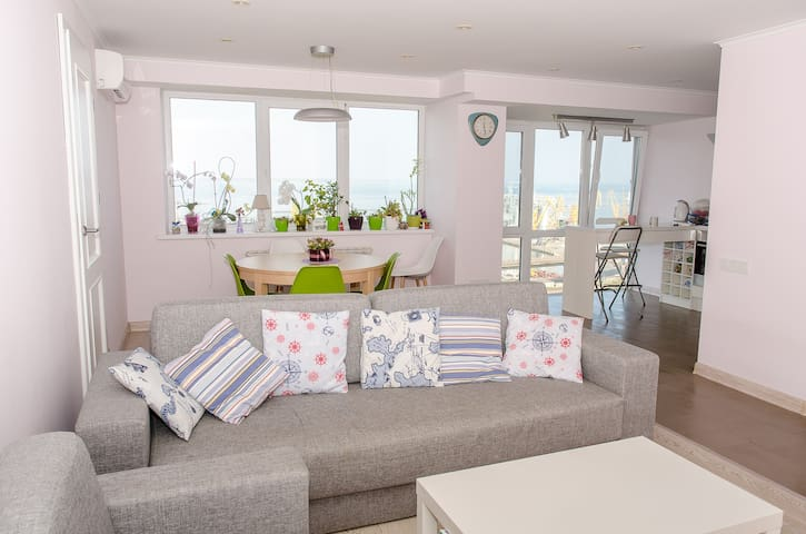 Beautiful flat in the center with spectacular view