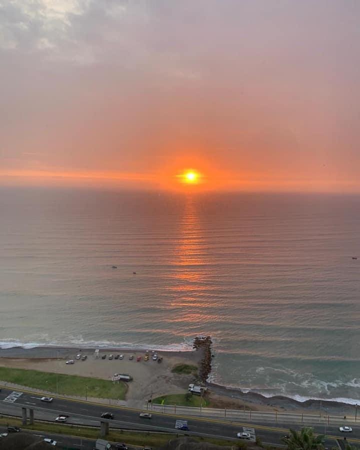 Lindo Dept. en Miraflores frente al mar