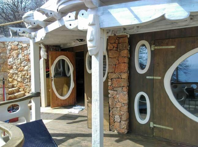 Hobbiton house , Beli