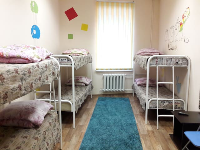 БМ-Хостел - кровать в общем 6-ти местном номере