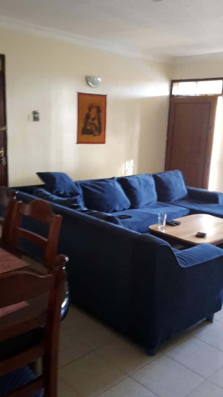 Two bedroomed apartment wth swimming pool, tennis