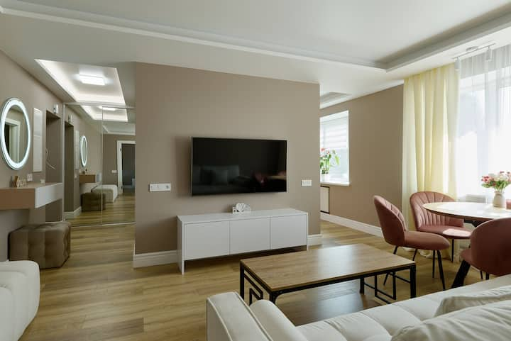Totally new 2 rooms luxury apartament!City center!