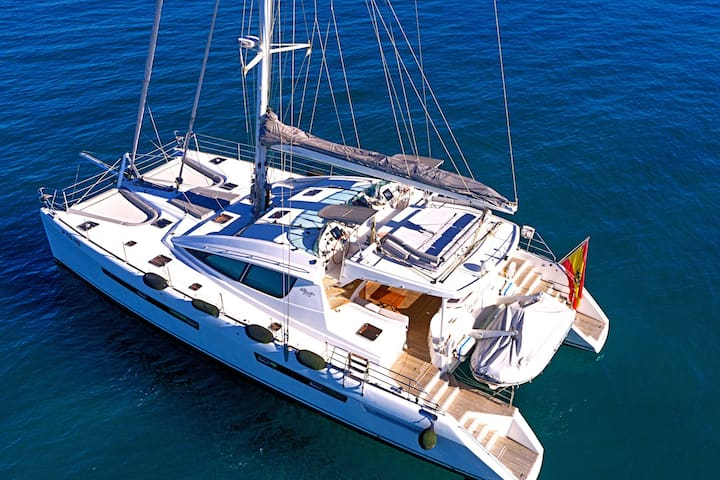 Family holidays in a crewed 61 feet catamaran