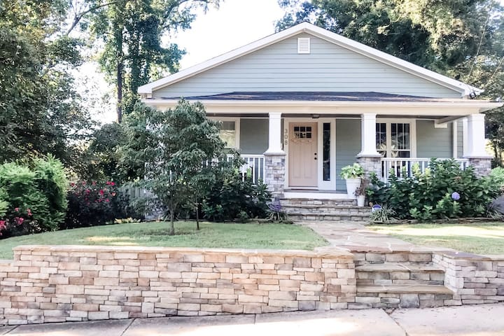 Sunny Bungalow in Downtown Durham