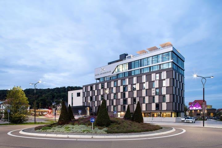 Hotel am Remspark, (Schwäbisch Gmünd), Einzelzimmer Silber Barrierefrei Connecting
