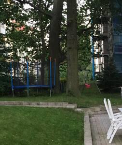 Unique apartment with private patio in Solna - Сольна