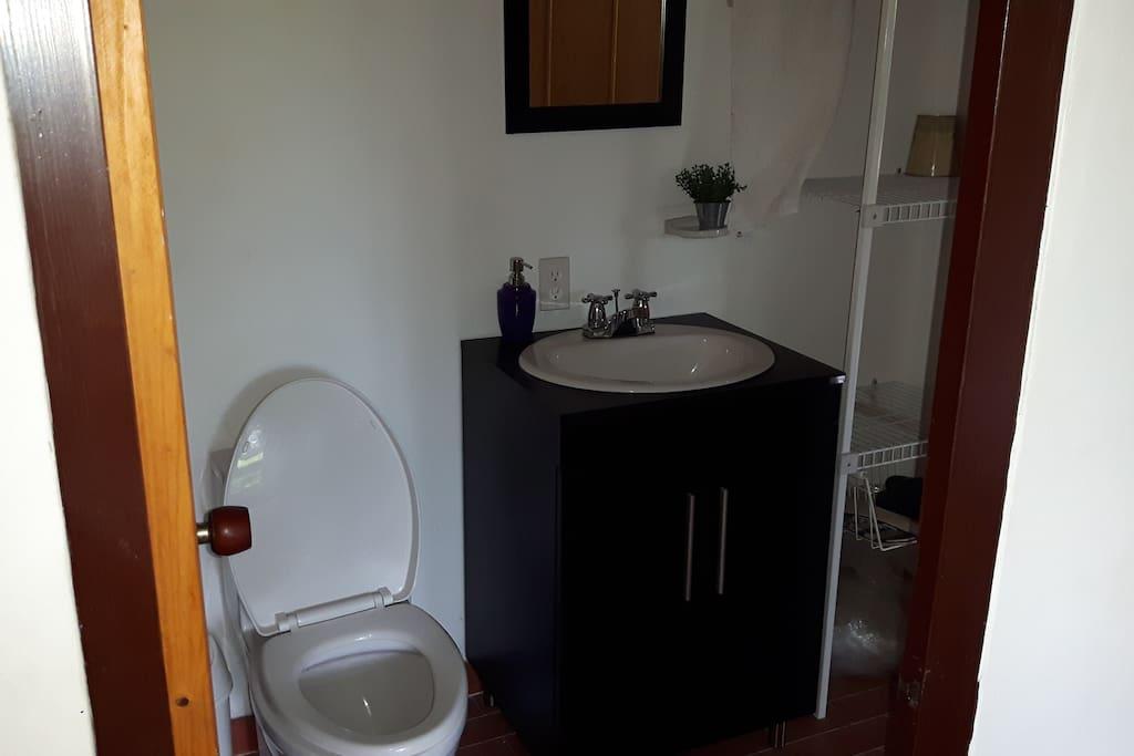 Baño habitación 3 y social
