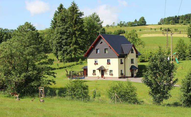 Ferienwohnung im Erzgebirge ****Am Erlermühlenbach****