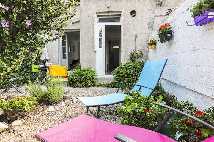 Gite *** le patio du centre ville-75m2, au calme
