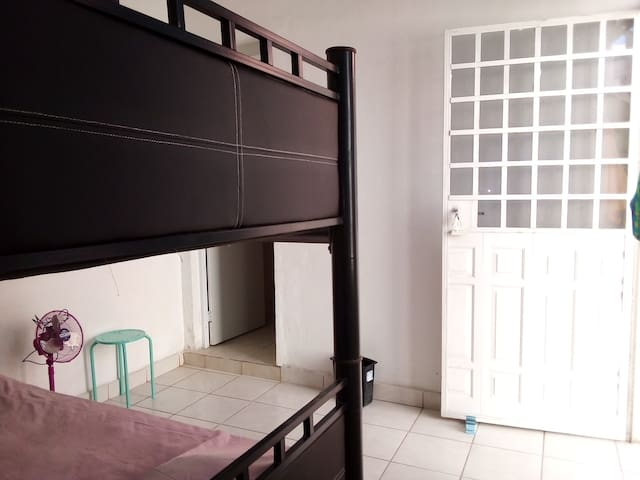Oso 6 bed bunk mixed dorm