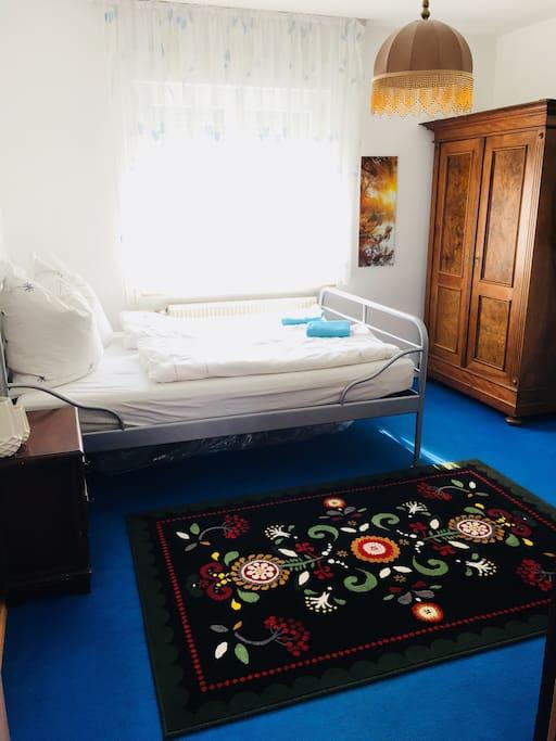 g stezimmer ruhig zentral und see nah wohnungen zur miete in friedrichshafen bw deutschland. Black Bedroom Furniture Sets. Home Design Ideas
