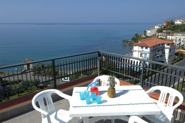 Inviting Apartment in Villammare with Terrace