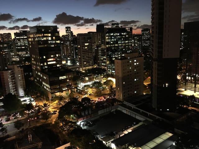 Excelente localização e decoração!! - São Paulo
