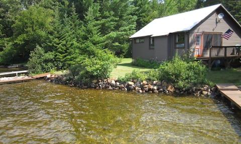 Panorama Lodge:  Family Lakefront Adirondack Camp