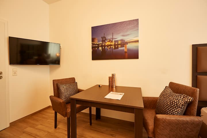 "HARBOUR Apartment ""Mayflower"" in Karlsruhe-City"