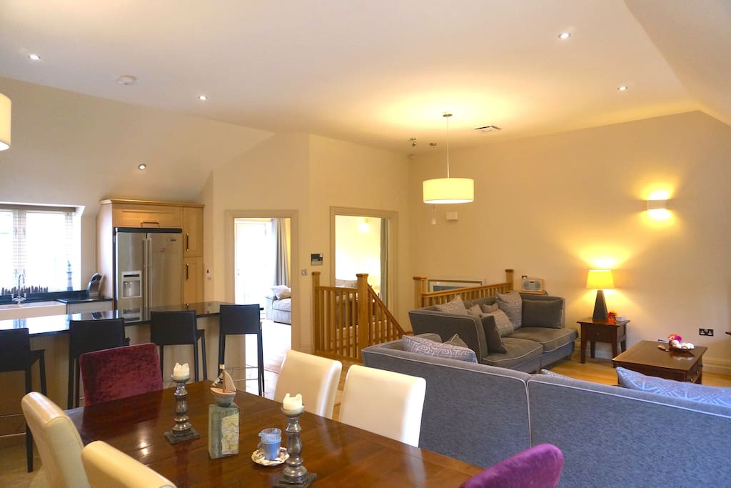Beautiful bright open plan living, dining room and kitchen - great social space