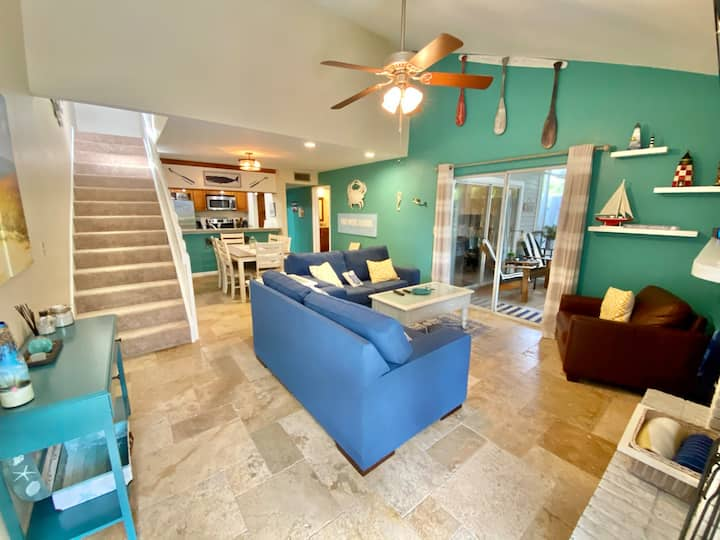 Ten Mile Canal Townhome in Ft Myers