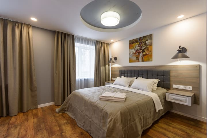 Loft street view ground floor apartment ID811