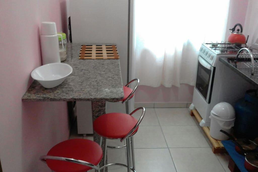 cozinha conjugada com a Lavanderia