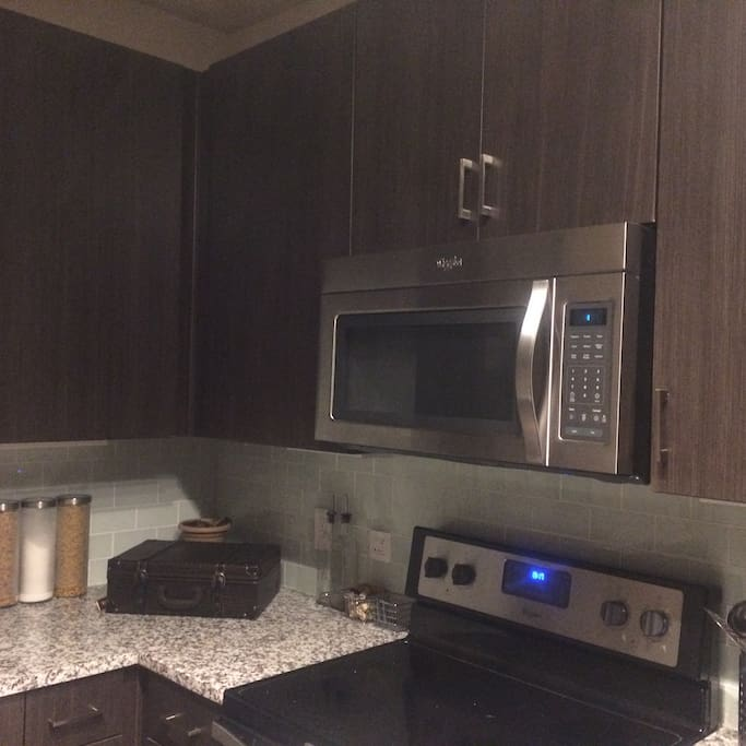 Stainless Steel Appliances Granite Counter Tops